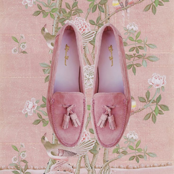 PARISIAN SKIES TASSEL LOAFER - Pink Suede