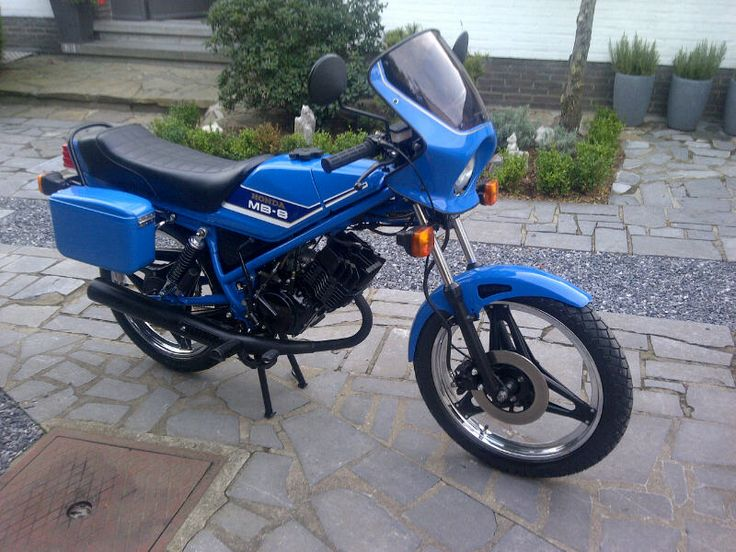 1981 Honda MB 8 - 80 cc, complete with original panniers. Greetings from Belgium