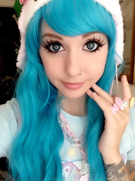 {Fc:Alexa Poletti } Hey I'm Vivi I'm 18, single I model a bit mostly kawaii stuff and I like music