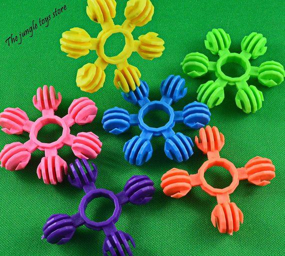 Jolis formes étoilés de 2,5'' ( 6 cm ) de couleurs assorties, idéal pour fabriquer vos jouets !