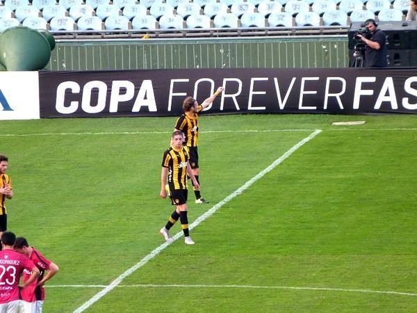Amistoso: Peñarol vence a Wanderers 2-0 con goles de Aguiar y Forlán al cabo del 1er tiempo http://bit.ly/1IQOqua
