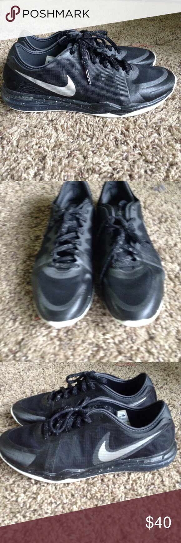 Nike Dual Fusion Shoes Like new. Nike Shoes Athletic Shoes