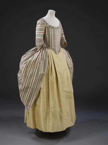 Robe 1775 - 1870 England