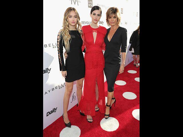 NEWSru.co.il :: Фото :: Далила Хэмлин, Амелия Хэмлин и Лиза Ринна на церемонии Fashion Los Angeles Awards