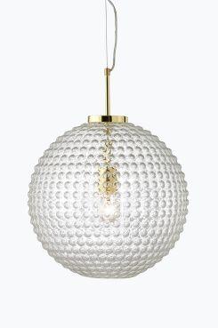Ellos Home Taklampa Spring Taklampa av bubbligt klarglas med förmässigat metallupphäng. Höjd 50 cm, Ø40 cm. Transparent sladd med vajerupphängning, sladdlängd 85 cm. Stor sockel E27. Max 60 W.<br>Ljuskälla ingår ej. <br><br>