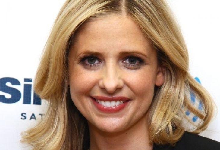 Актриса се обърка и оплака Бой Джордж вместо Джордж Майкъл - http://novinite.eu/aktrisa-se-obarka-i-oplaka-boj-dzhordzh-vmesto-dzhordzh-majkal/
