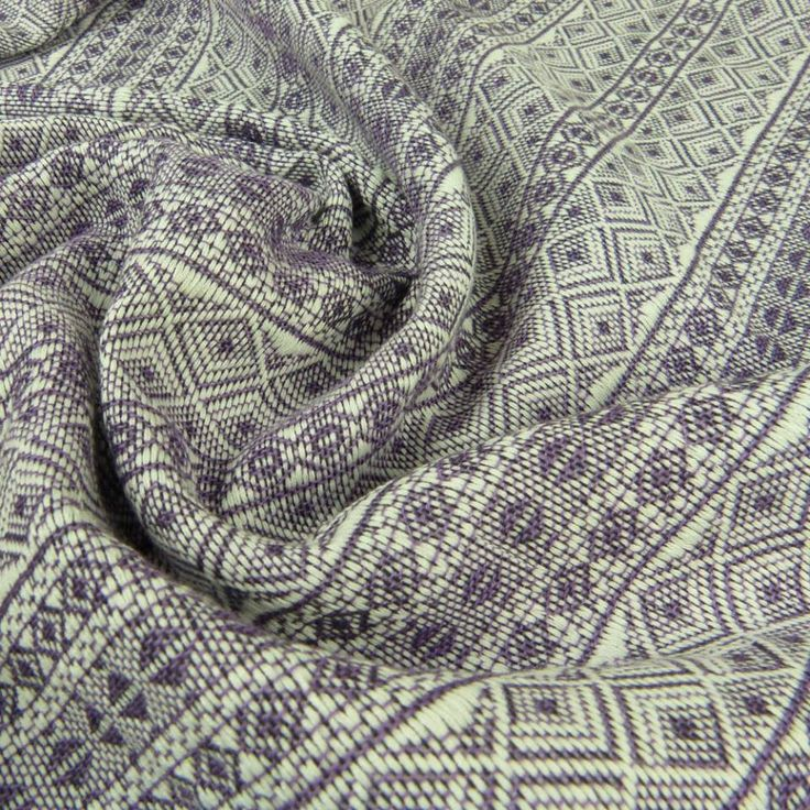 Didymos Prima (Indio) Purple-White.  Fabric: 100% Organic Cotton  Surface weight: 210 g/m²  Age of child: From newborns to toddlers.