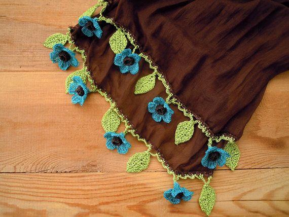 PashaBodrum tarafından turkuaz çiçek tığ pamuk ile kahverengi eşarp