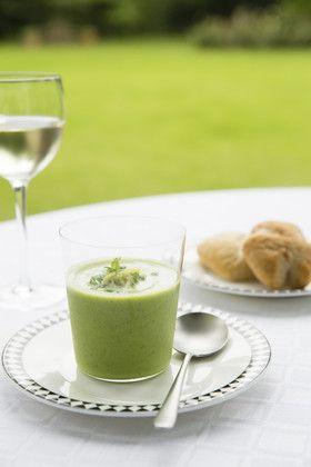 グリーンピースとズッキーニのスープ