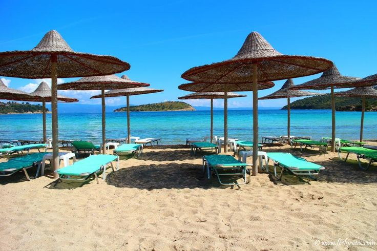 Talgo beach bar near Vourvourou