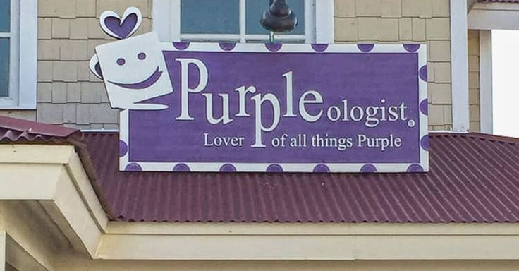 PURPLEologist is located in the Shops at Barefoot Landing at 4850 Hwy 17 S, North Myrtle Beach, SC 29582. Questions? Call them at (843) 272-7775.