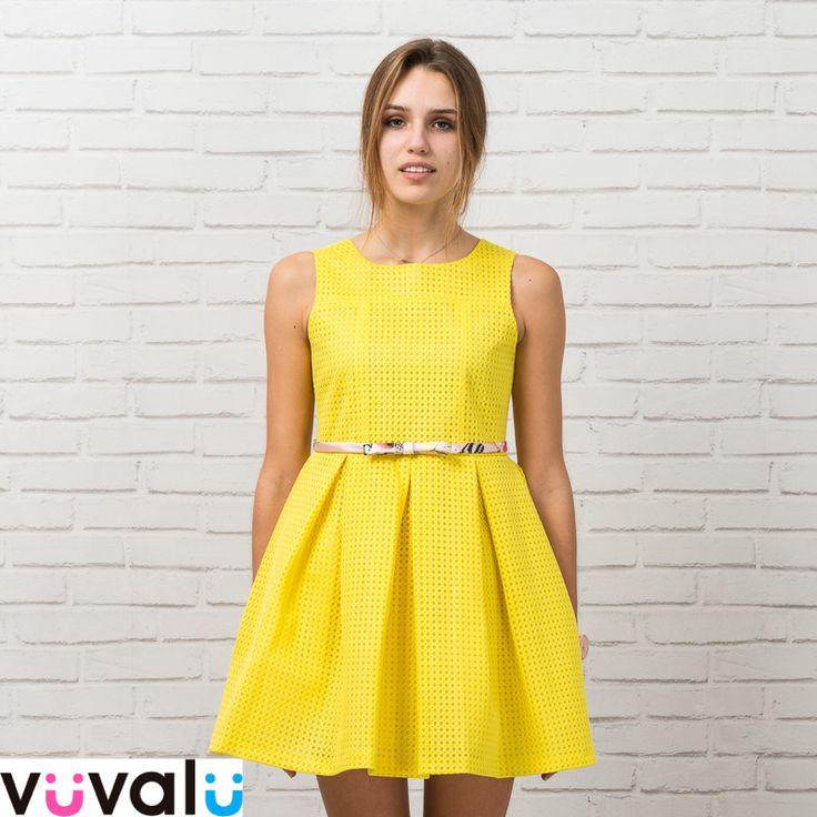 #Vestido de niña amarillo diseñadora #Amaya ,de capa y con cinturón a contraste