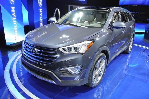Revealed: 2013 Hyundai Santa Fe - 2012 LA Auto Show
