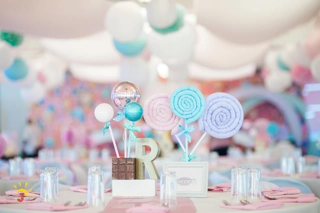Reine S Dainty Candyland Themed Party Table Centerpiece Candy