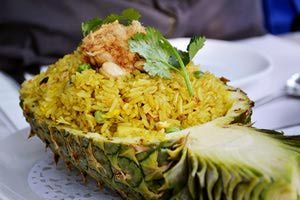 Pineapple fried rice - Kawaiikiri/Wikimedia Commons