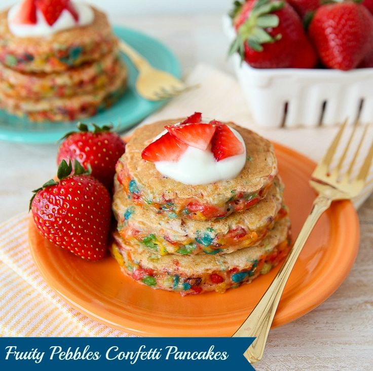 These pancakes are extra yummy because they're made with #FruityPebbles! Try making these colorful pancakes with your kids!