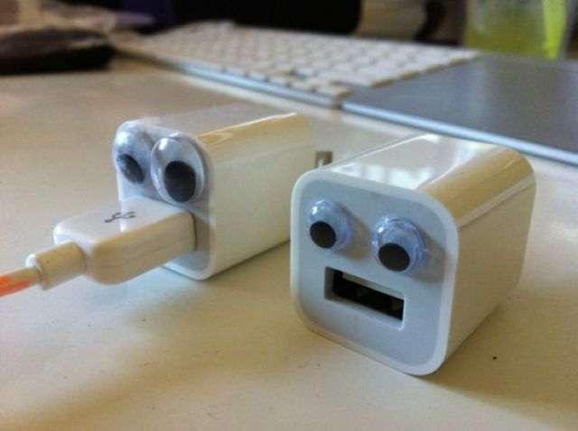 USB para conectar al enchufe