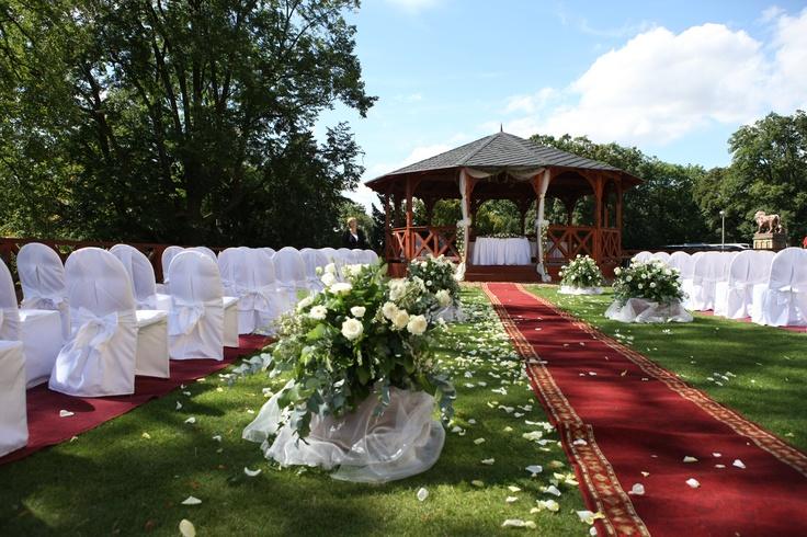 Ceremony set up near Prague.