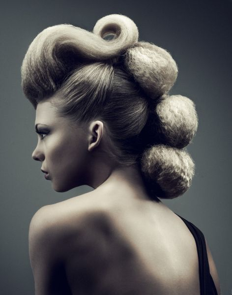 Avant-Garde Hair Art #Hair #hairdressers #inspiration #coolhair #hairstyle #avantgarde #handmadebarcelonastudio