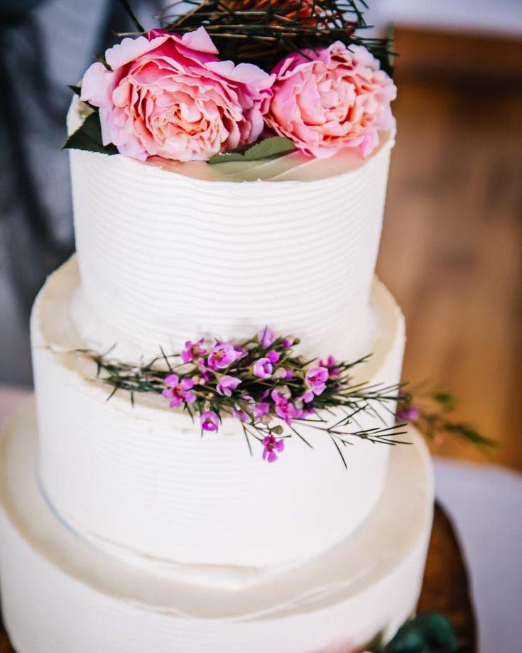 Beautiful E & K  #lovestory #thatcake #weddingdress #bridetobe #weddingideas
