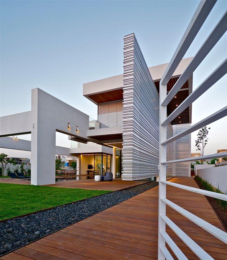 Modern Luxury Homes Beautiful Garden Designs Ideas: 25+ Best Ideas About Modern Villa Design On Pinterest