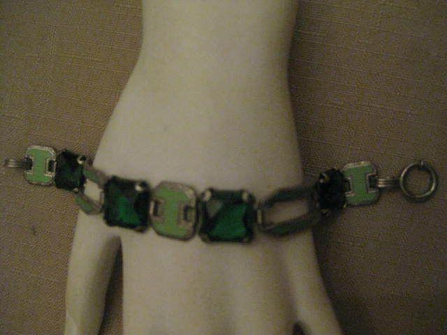 VTG Art Deco Green Prong Set Rhinestone & Enamel Silver Tone Pot Metal? Bracelet #ArtDecoRhinestoneEnamelBrcelet #ArtDecoRhinestoneEnamelSectionalBracelet