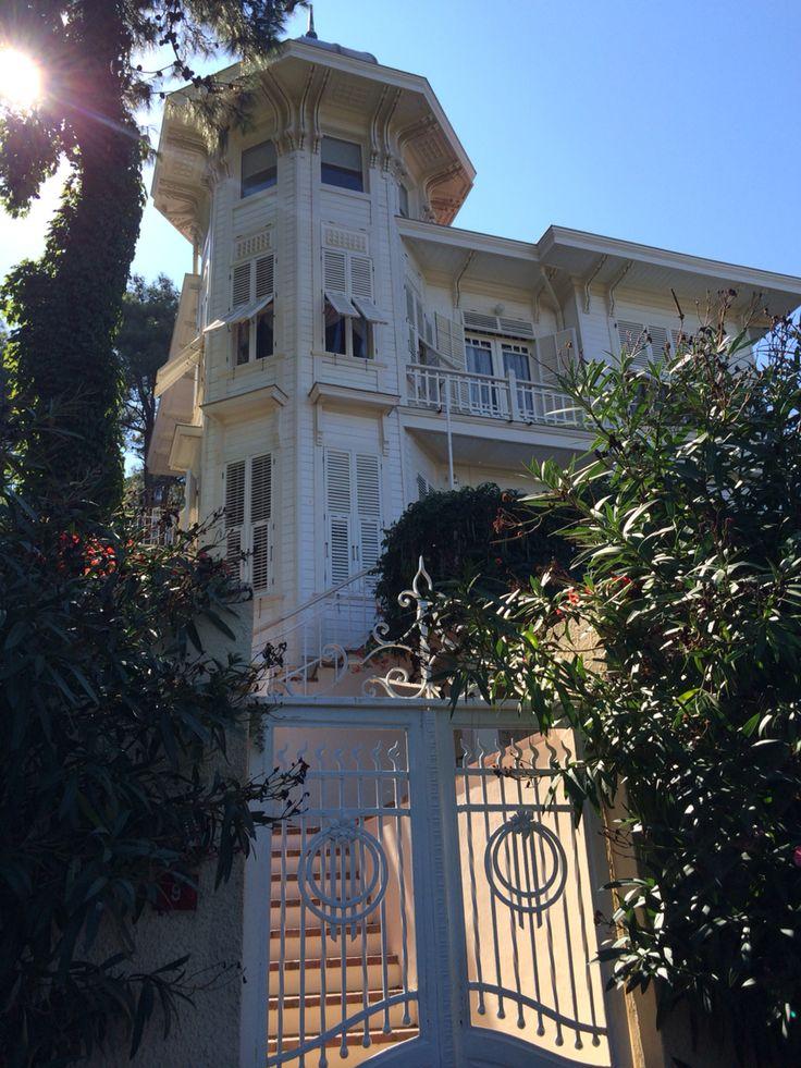 Hüseyin Rahmi Gürpınar evi, Hüseyin Rahmi Gürpınar House, Heybeliada, Istanbul