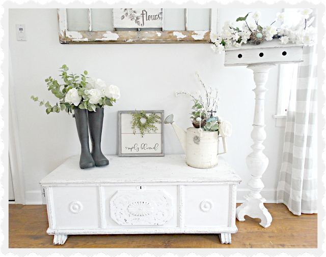 Junk Chic Cottage: Living Room Switch-a-roo!