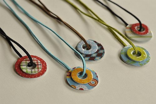 Necklaces made with washers. || NancyNote:  Made one of these a couple years ago - cute and fun.  Different themes/colors on either side of the washers makes for a reversible necklace!