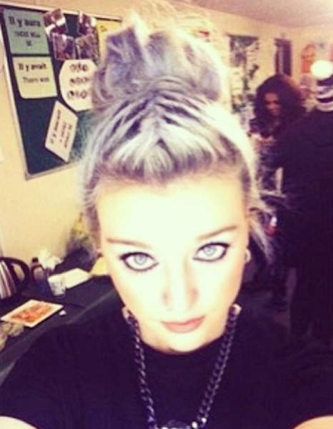 So as I said before send me your fan accounts for shoutouts!!! and follows :) Pez<<<<<<<<<<< can you please follow me i love you so much, my friends and i are even gonna be little mix for halloween, I'm gonna be u!-Sydney Schaefer