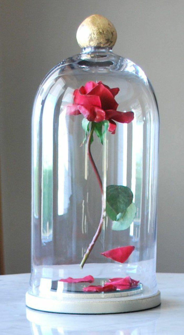 Cloche en verre avec rose rouge - La Belle et la Bête Disney