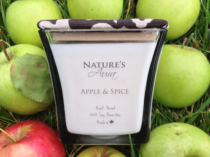 Reason #53 of why we love fall so much is all the delicious apples! :)