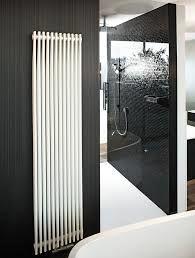 Дизайнерские радиаторы отопления цены Дизайн-радиатор Jaga Pinch BT Stainless Steel Артикул: PINW0.050042.001/BT/012 Радиаторы можно установить в любом положении благодаря уникальному кронштейну, поворачивающемуся вокруг собственной оси