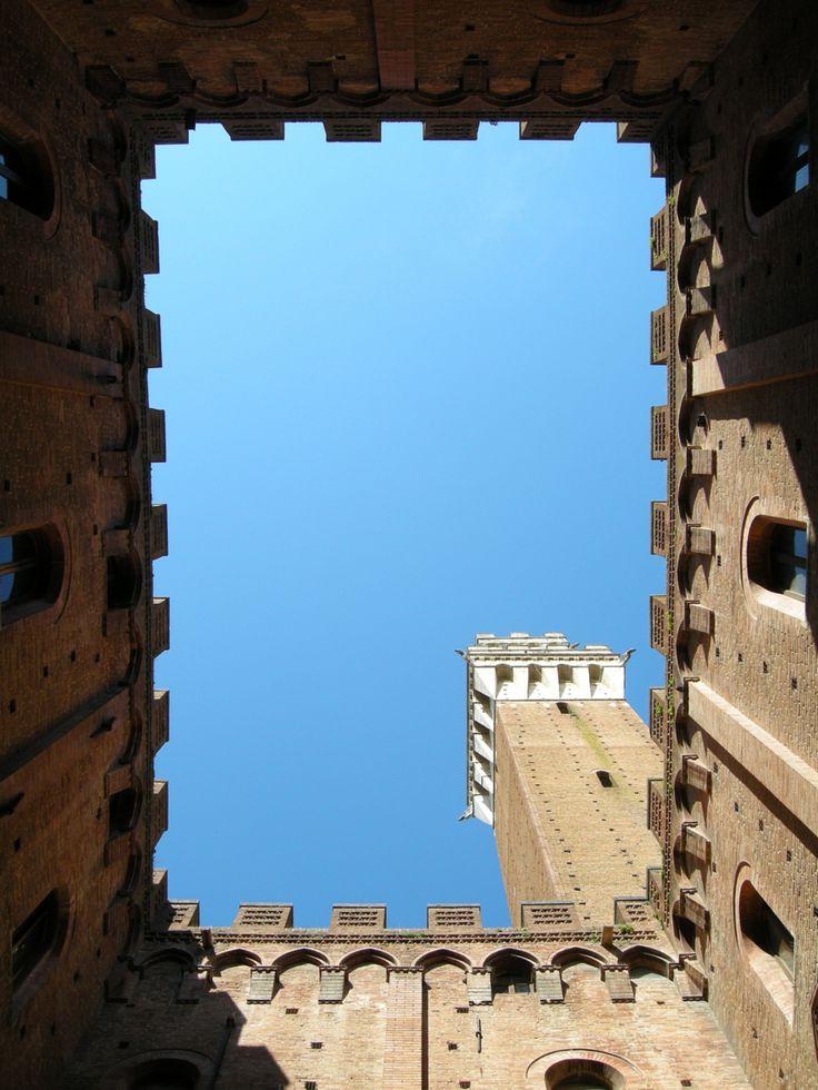 #Photograph #Torre del #Mangia #Siena #Tuscany by Chiara Villata on #500px