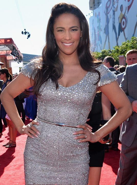 Just the right amount of shimmer!  Poll: Who Had the Best Hair and Makeup at the 2013 ESPY Awards?