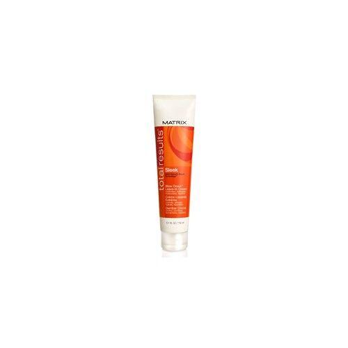 aide à réparer les dommages, revitalises les cheveux et controler les frissotis grâce à une protection durable contre l'humidité. Pour une coiffure brillante et un lissage qui dure toute la journée. Tranforme instantanément les cheveux rebelles, frisés, ondulés ou frisottés en coiffures lisse qui durent entre les shampooing.  - See more at: http://entrepotdelacoiffure.com/presta/fr/traitements/471-matrix-total-result-blow-down-soin-sans-rincage-150ml.html#sthash.WV4z0tXK.dpuf