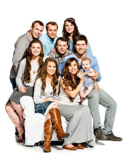 The Duggar children pose for People: (Front Row) Jana, Jessa, baby Spurgeon, (Middle Row) Joy-Anna, Joseph, Ben, (Back Row) John-David, Josiah, Jinger (Photo: Larsen & Talbert)