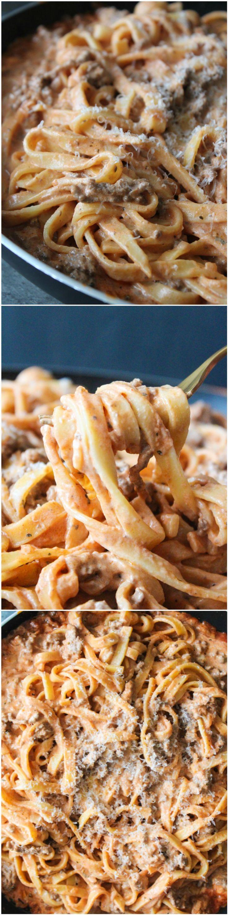 Homemade Creamy Meat Sauce And Spaghetti - Easy Dinner