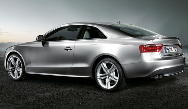 Audi S5. Potentially my next car! Love it.