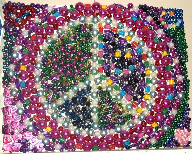 Mardi Gras Bead Art http://rockinmississippi.com/spread-it/rock-the-flock/rock-n-roll-kids-activities
