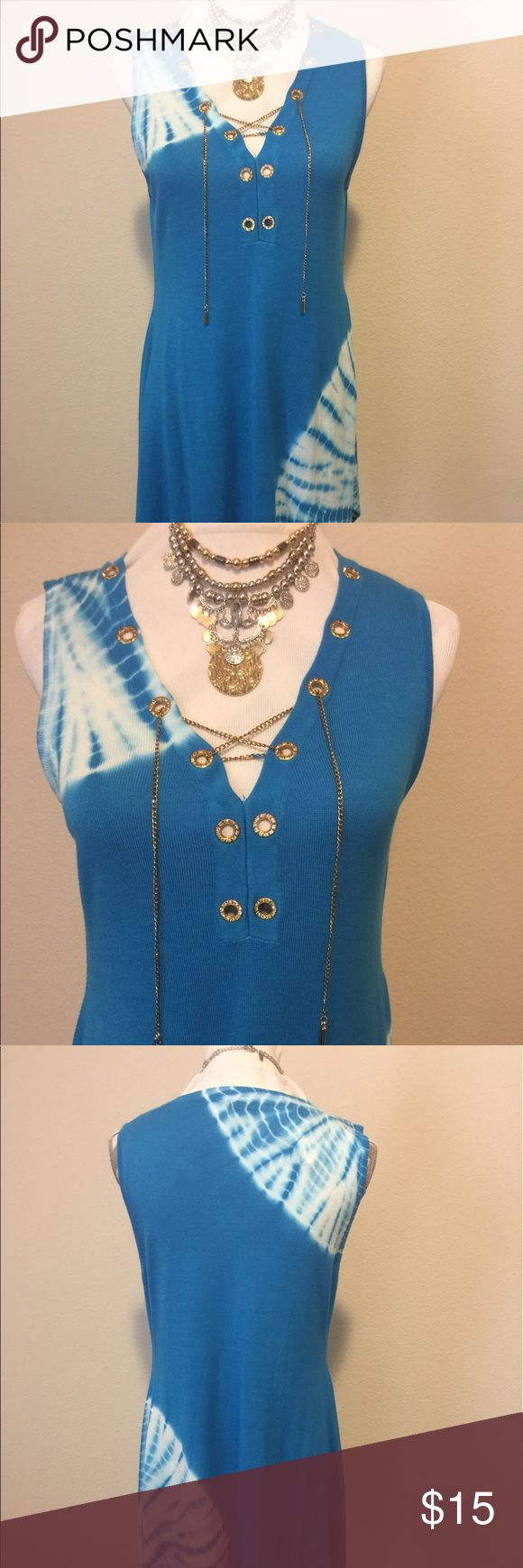 Beautiful blue and white top - L Beautiful blue and white blouse still has tags Rafiana Tops Blouses