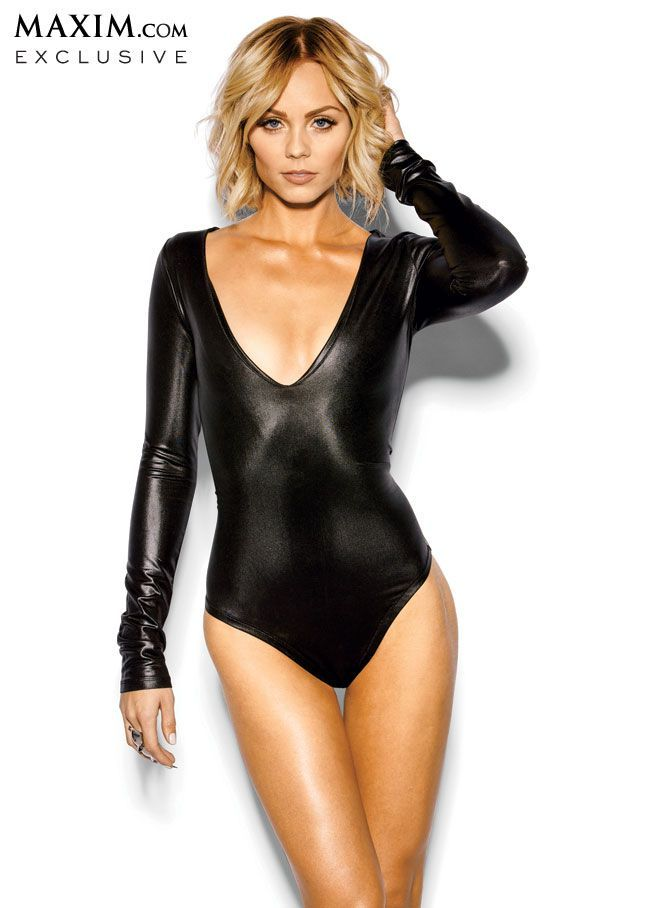 laura vandervoort short hair - Google Search