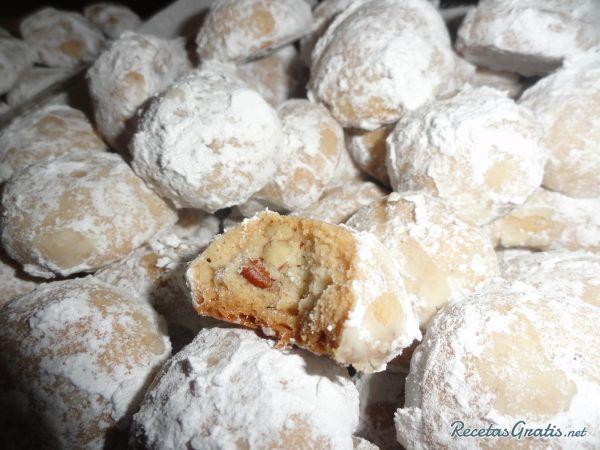 Aprende a preparar galletas de nuez y azúcar glass con esta rica y fácil receta. Si estas buscando una receta de galletas diferente, tenemos algo para ti. Aprende a...
