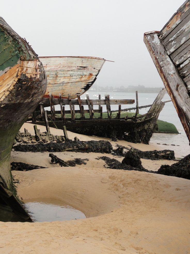 199 best cimeti res de bateaux en bretagne images on for Petit bateau brest siam