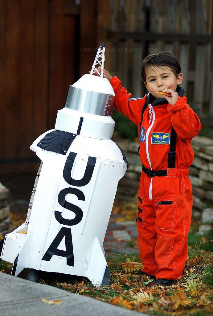 astronaut costume ideas - 593×880