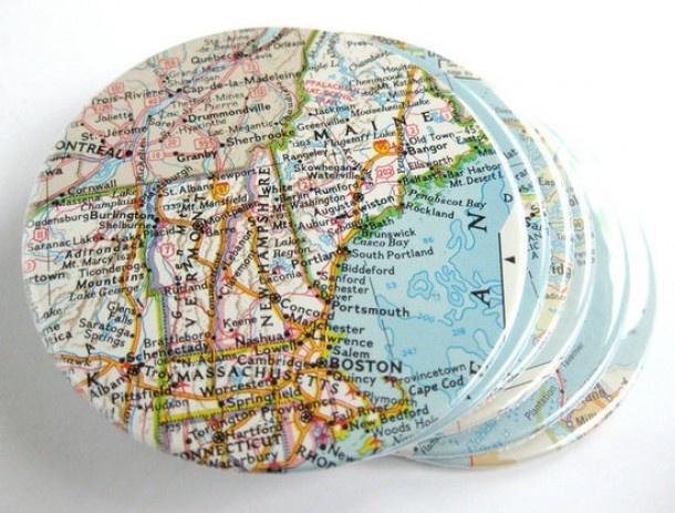 stukjes landkaart op onderzetters plakken en aflakken welke.nl