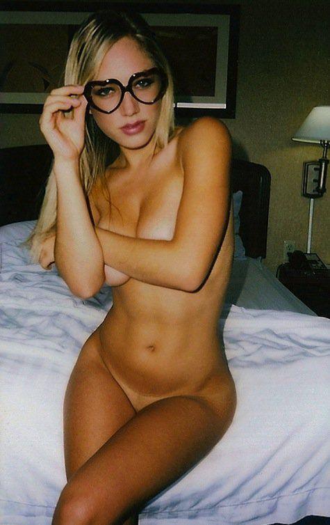 janira kremets nude