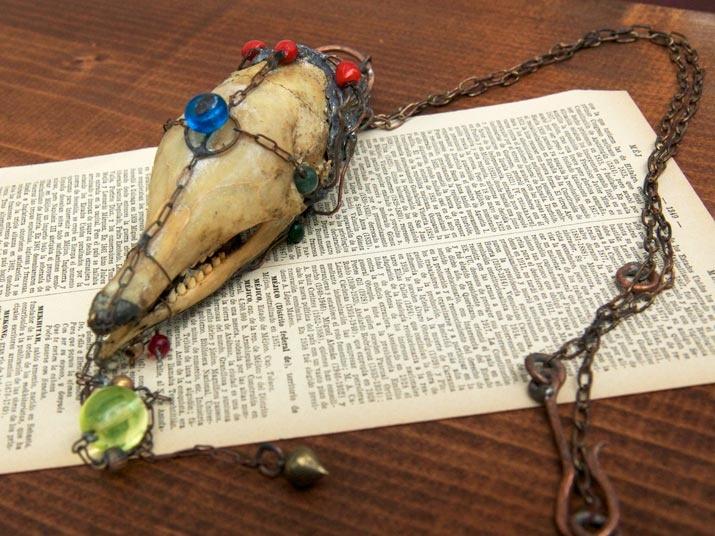 Armadillo necklace  Gothic art  http://heavenscafe.net/?mode=grp=176750