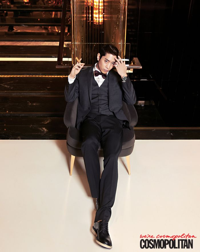 Eric from Shinhwa looking dapper.
