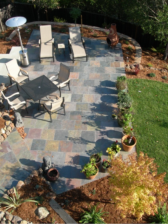 Backyard Patio with slateBackyards Stuff, Backyards Patios, Gardens, Decks Patios, Backyards Ideas, Patios Ideas, Backyards Tile, Backyards Kitchens, Backyards Landscapes